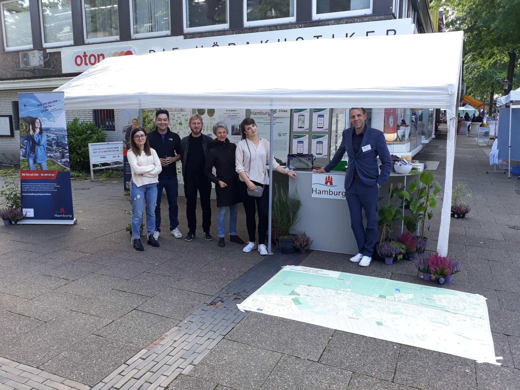 CLEVER Cities Hamburg team takes part in district festival 'Neugraben Erleben'